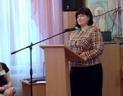 Ведущий специалист отдела образования Ленинского района Степанова Ольга Валерьевна приветствует участников семинара